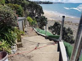 Constrcution of new fence and footing along cliff line